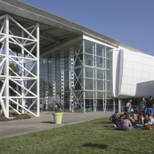 Alta escuela de ingenieros de Poitiers (ENSIP)